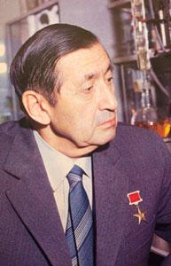 http://www.iboc.narod.ru/sadykov/sadykov.jpg